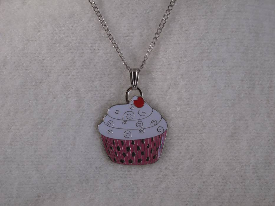 "Cupcake Necklace ""Pink"""